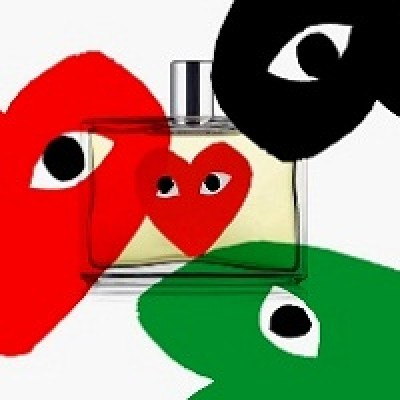 Comme des Garsons Play Red